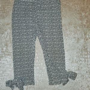 4for$20!! Blk/white floral leggings size 12m